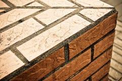 Het Detail van de Hoek van de Bakstenen muur Stock Afbeelding