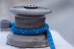Het detail van het Jacht van de Kruk en van de Kabel van de zeilboot yachting royalty-vrije stock afbeelding