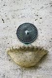Het detail van oude fontein in openbaar park riep Merwesteinpark in Dordrecht, Holland royalty-vrije stock afbeeldingen