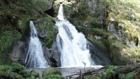 Het Detail van Tribergwatervallen stock footage