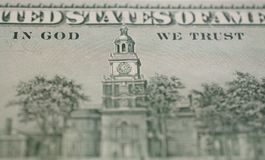 Het detailfoto van de dollar macroclose-up In god die wij hebben vertrouwd op royalty-vrije stock foto