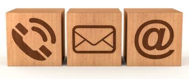 Het digitale houten het pictogram van het kubuscontact 3D teruggeven Stock Foto