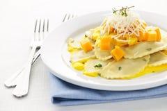 Het diner van de ravioli stock afbeelding