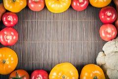 Het diner van het huwelijk met gerookt broodjesvlees en tomaten Royalty-vrije Stock Foto