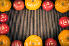 Het diner van het huwelijk met gerookt broodjesvlees en tomaten Royalty-vrije Stock Afbeeldingen