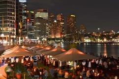 Het dineren bij Cirkelkade in Sydney stock afbeeldingen