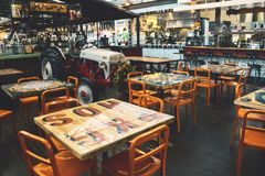 Het dineren gebied binnen Anaheim Verpakkingsbedrijf royalty-vrije stock fotografie
