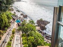 Het dineren op de waterkant in Jimbaran-Baai Bali stock foto