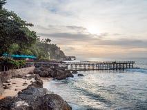 Het dineren op de waterkant in Jimbaran-Baai Bali royalty-vrije stock afbeelding