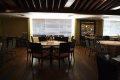 Het dineren zaal stock afbeeldingen
