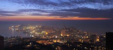 Het district van Egersheld van Vladivostok na zonsondergang Royalty-vrije Stock Fotografie