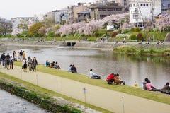 Het District van het rivieroeververmaak in Kyoto, Japan Stock Foto