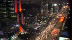 Het district van Zuid-Korea Seoel Gangnam bij nacht stock video
