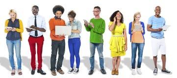 Het diverse de Vriendschaps Communicatie van het Mensengeluk Voorzien van een netwerk bedriegt Stock Foto