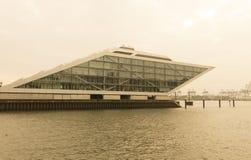 Het Dockland-gebouw in Hamburg, Duitsland Royalty-vrije Stock Fotografie