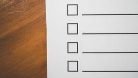 Het document en de ruimte van de controlelijst voor vullingsinformatie royalty-vrije stock afbeelding