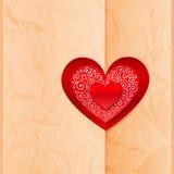 Het document van de ambacht omslag door hartsticker die wordt gesloten Royalty-vrije Stock Foto