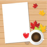 Het document van de de dagliefde van Valentine met koffiekop en esdoornachtergrond Stock Afbeelding