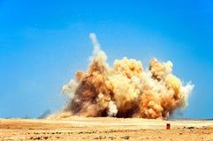 Het doen ontploffen van het vernietigen op de bouwwerf Stock Foto