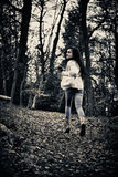 Het doen schrikken meisje lopen Royalty-vrije Stock Fotografie