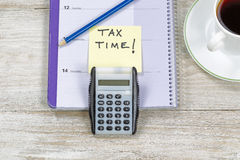 Het doen van Inkomensbelastingen Stock Afbeelding