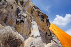 Het doende leunen Standbeeld van Boedha Stock Foto