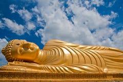 Het doende leunen standbeeld van Boedha, Thailand Royalty-vrije Stock Foto's