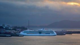 Het dok van het cruiseschip in de haven van San Francisco royalty-vrije stock foto's