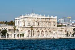 Het Dolmabahce-Paleis in Istanboel Stock Foto
