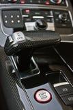 Het donkere Binnenland van de luxeauto tuning Karbon Binnenlands detail stock afbeelding