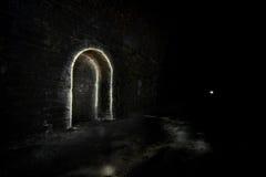 Het donkere Ondergrondse toevluchtsoord van de Tunnel Royalty-vrije Stock Fotografie