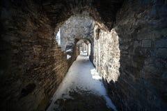 Het donkere perspectief van de steentunnel Royalty-vrije Stock Fotografie