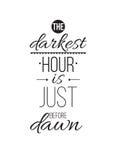 Het donkerste uur is vlak vóór dageraad Inspirational citaataffiche vector illustratie