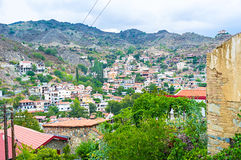 Het dorp in de vallei Stock Afbeelding