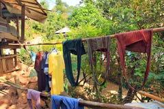 Het dorp en de mensen Oost- van Azië - Karen ethnie in Thailand Stock Afbeelding