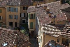 Het dorp Moustiers sainte-Marie, de Provence, Frankrijk stock foto