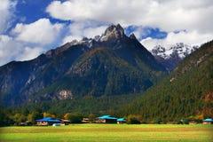 Het dorp onder jokul Stock Afbeelding