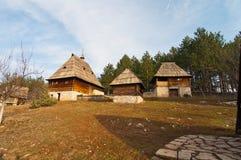 Het dorp Sirogojno van Ethno Stock Afbeeldingen