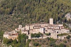 Het dorp van arrone Stock Foto's