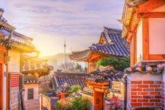 Het Dorp van Bukchonhanok in Seoel, Zuid-Korea stock afbeeldingen