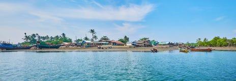 Het dorp van Chaungtha, Myanmar royalty-vrije stock foto