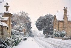 Het dorp van Cotswold in sneeuw Stock Foto