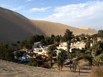 Het dorp van de Huacachinaoase Stock Afbeelding
