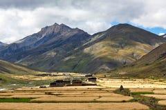 Het dorp van Dhotarap in Dolpo, Nepa royalty-vrije stock afbeelding