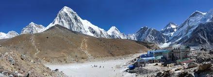Het dorp van Gorakshep en Kala Patthar, Nepal Royalty-vrije Stock Afbeeldingen