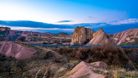 Het Dorp van Goreme van het Cappadocialandschap, Turkije stock foto's