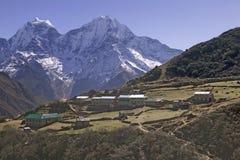 Het Dorp van Macchhermo in Nepal Royalty-vrije Stock Afbeeldingen