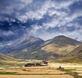 Het Dorp van Tarap van Dho in Dolpo, Nepal royalty-vrije stock afbeeldingen