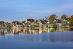 Het Dorps Rode Boei Holland Netherlands van rivierzaan Zaanse Schans Royalty-vrije Stock Foto