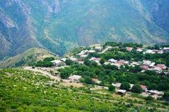 Het dorpsmening van de berg van hoogte Stock Foto's